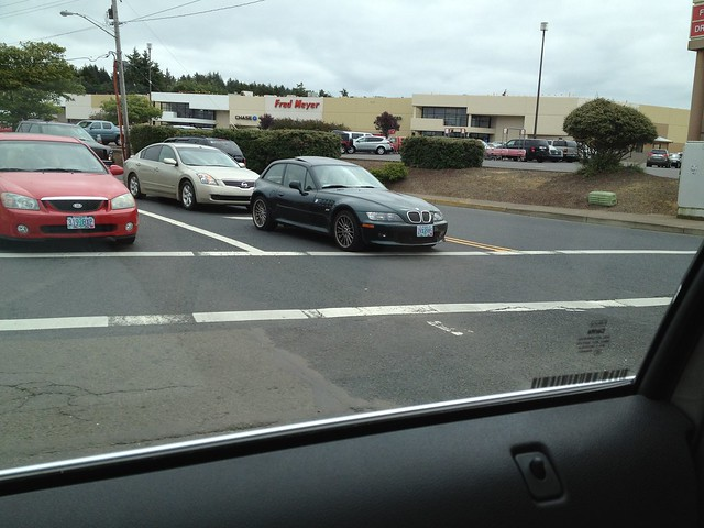 Spotted in Newport Oregon: M54B30 Z3 Coupe | Oxford Green | Walnut