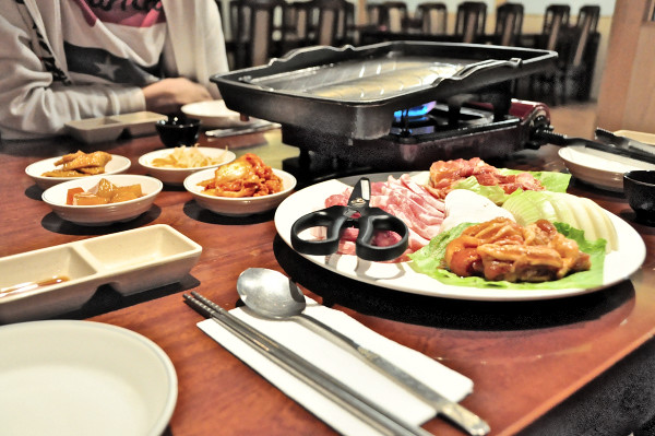 Seorabeol Korea Restaurant: BBQ Dinner
