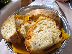 breakfast, baking, beer bread, bread, baked goods, food, soda bread, cuisine, brioche,