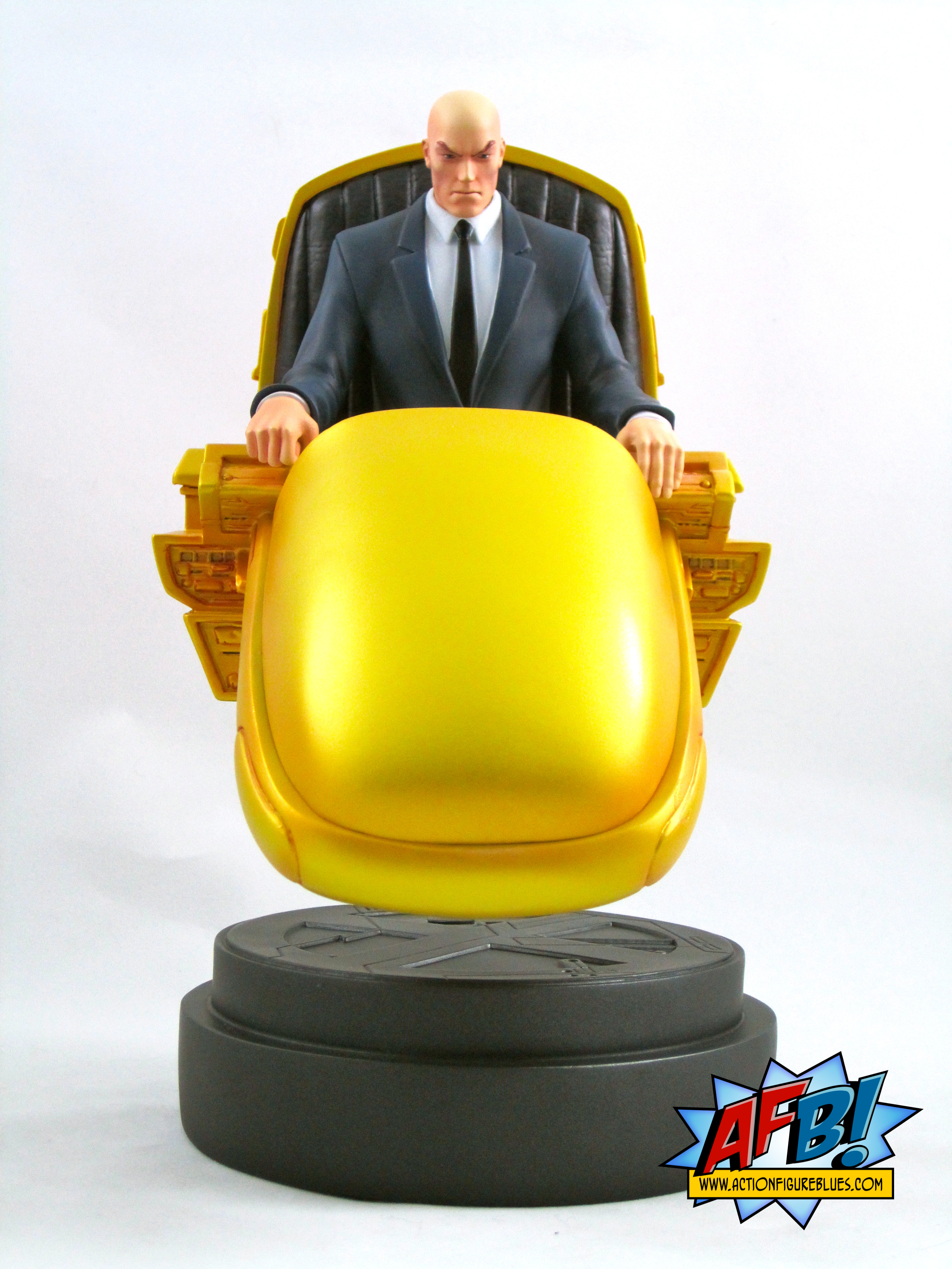 ... Helped Bowen Make Fans Of The Claremont / Lee Era X Men Happy By  Producing This Great Statue Of X Men Founder Professor Charles Xavier In  The Hoverchair ...