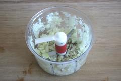 25 - Zwiebel würfeln / Dice onion