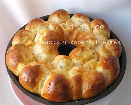 sucuklu kabarcık ekmek