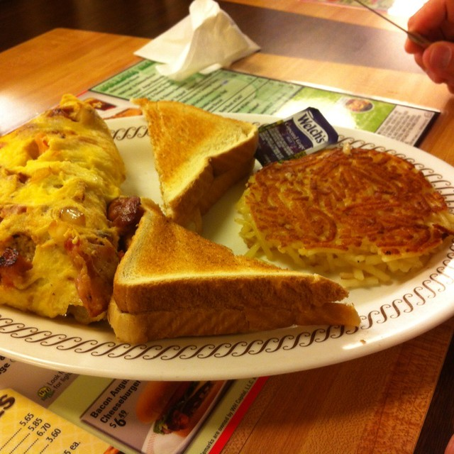 Ham And Cheese Omelet @ Waffle House | Spotted on Foodspotti ...