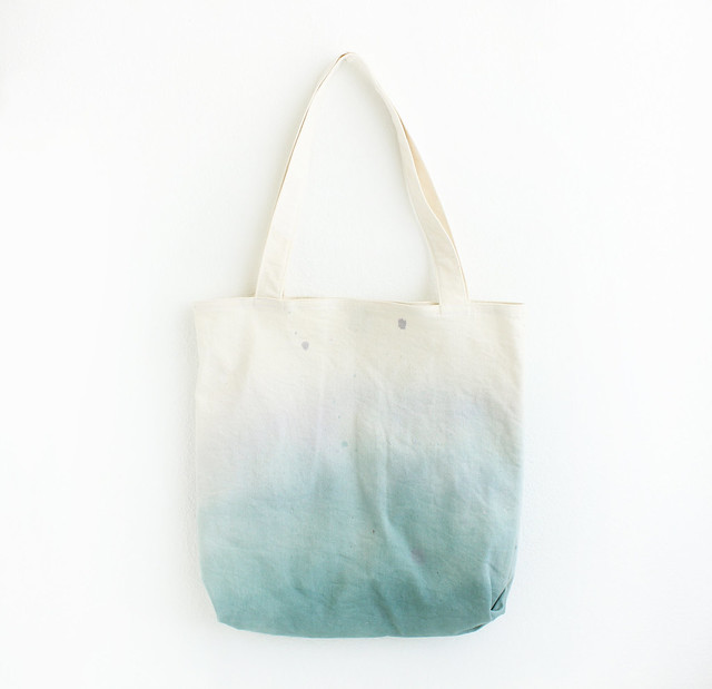 teal and blue tote