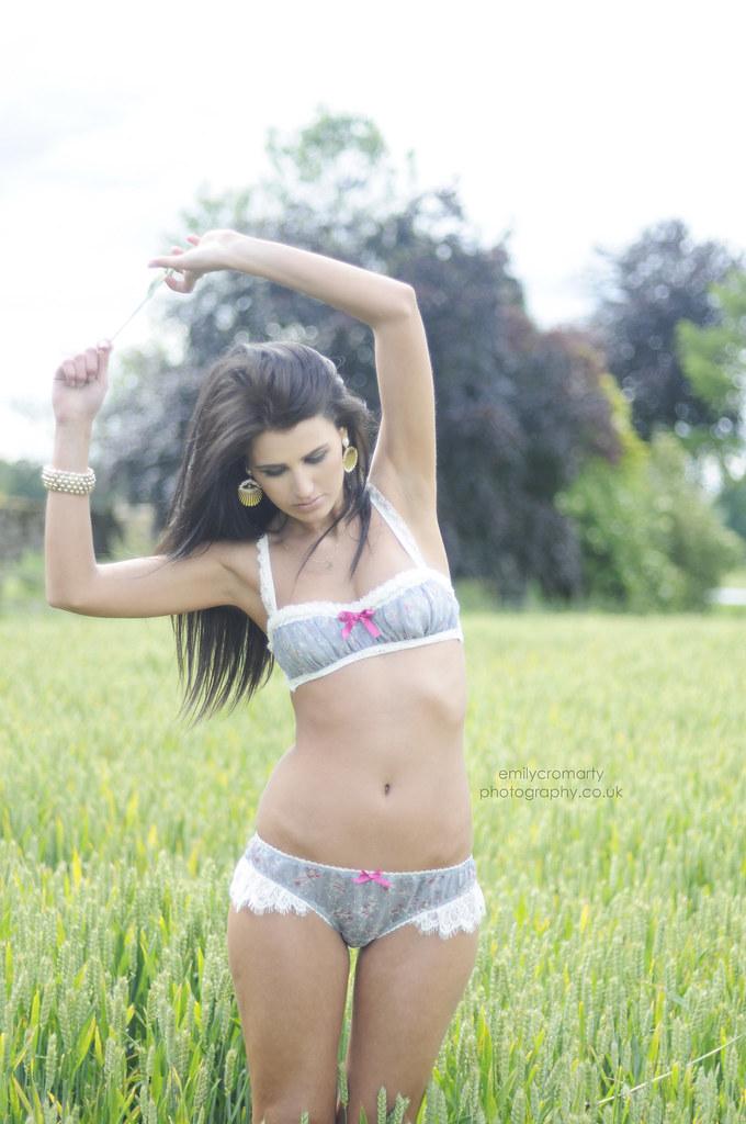 Liliana Model Ams Images Usseek Cloudy Girl Pics