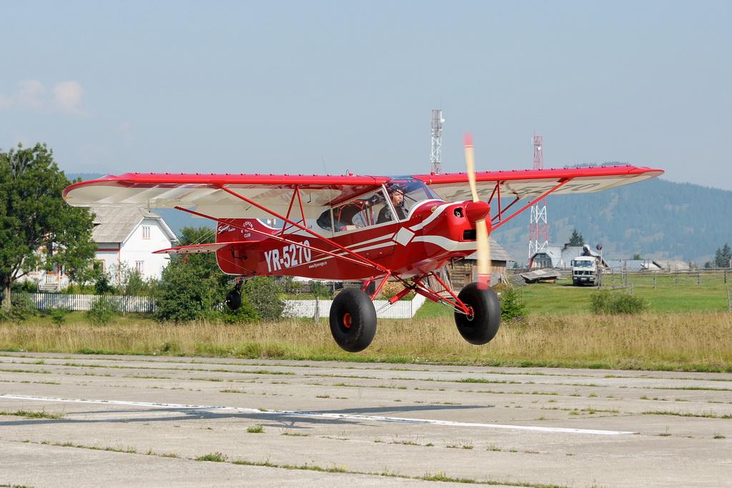 Fly-in @ Floreni - Mitingul cailor putere - Poze 7677971604_20de4bc751_o
