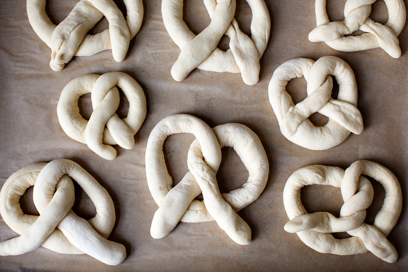 soft pretzel dough