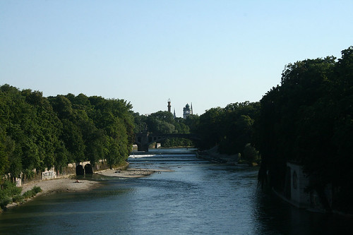 Isar - Blick Richtung Maximiliansbrücke