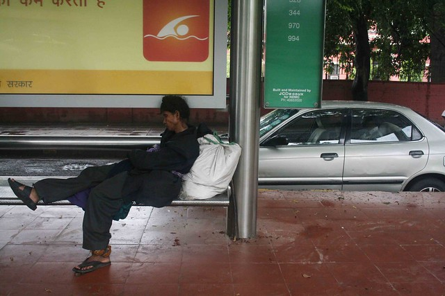 Mission Delhi – The Silent Woman, Mausam Bhawan Bus Shelter