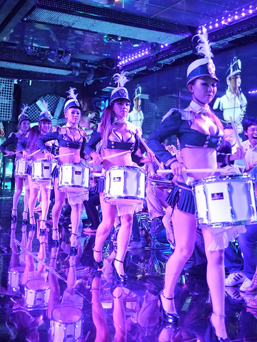 robot restaurant  (15 of 20)