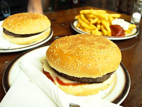 Beefburgers at La Oficina, La Orotava, Tenerife