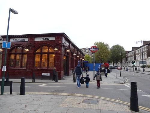 088 - Kilburn Park Station