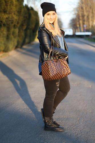 outfit-modeblog-mütze-haare-hair-style-inspiration