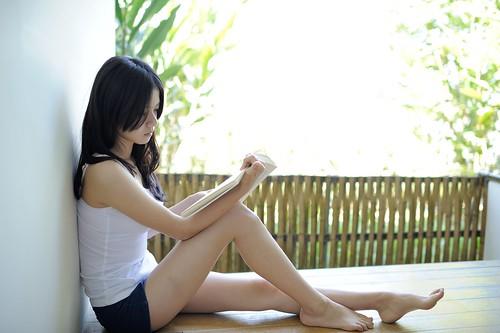 [フリー画像素材] 人物, 女性 - アジア, 台湾人, 本・ブック ID:201203311800