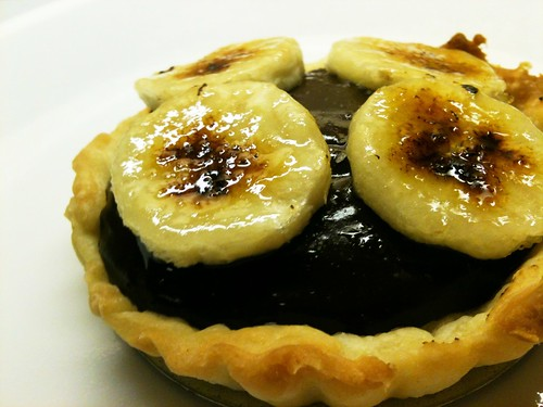 vegan chocolate peanut butter banana tarts