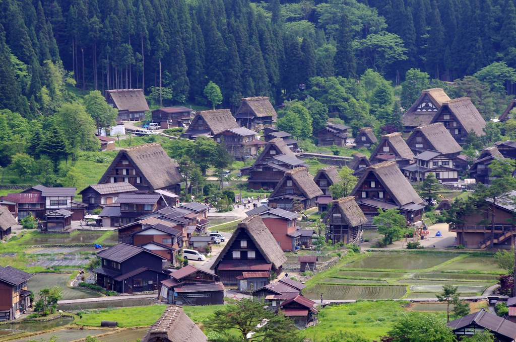 shirakawa village - 白川郷
