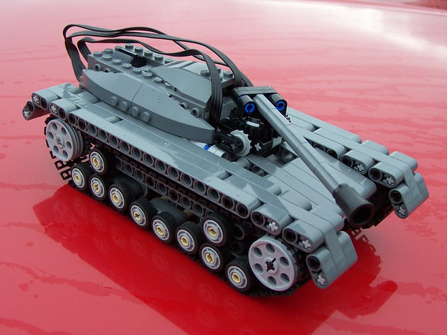 Minifig Scale Lego Technic Tank With Power Functions