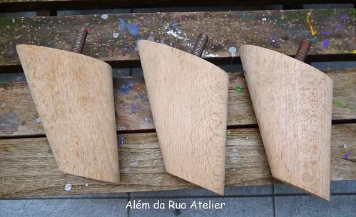 Mesa feita com caixote reutilizado