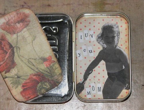 Mom Altoid Tin II 004