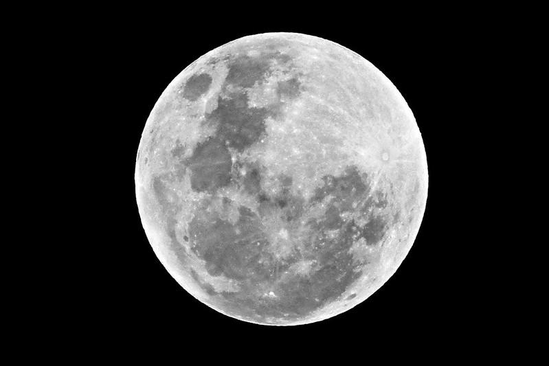 Superluna sobre Lima