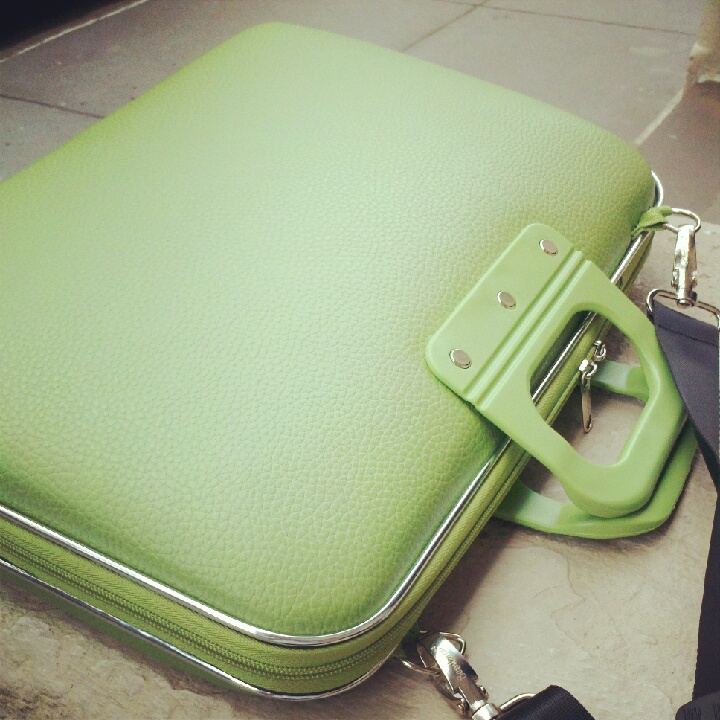 Bombata Laptop Case