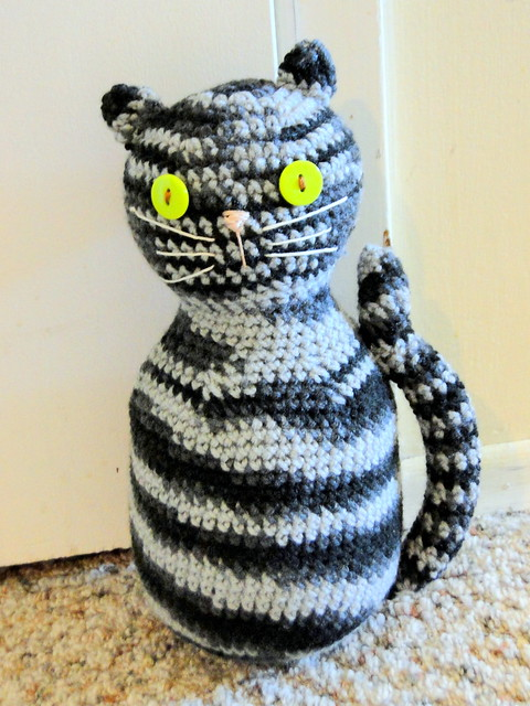 tabby cat door stopper