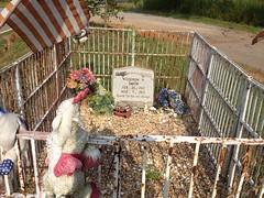 Woodrow Smith Grave