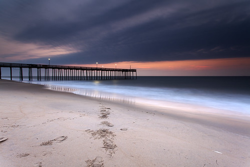 longexposure morning light reflection beach clouds sunrise dawn pier sand day glow cloudy footprints maryland oceancity filters atlanticocean waterscape neutraldensity canon5dmkii singhrayrgnd ef1740f40lusm