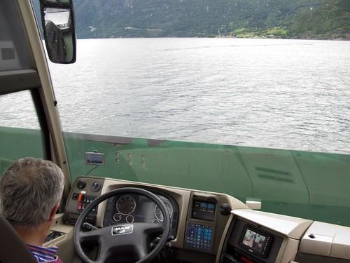 215 cruzando el Ferry Anda-Lote