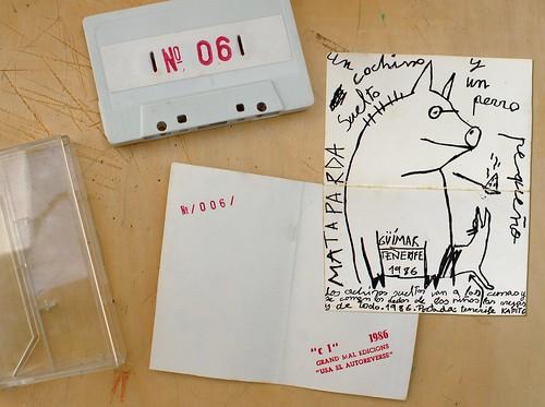 1986. C1.Un cochino suelto y un perro pequeño 01.Presentación