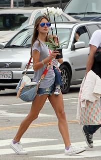 Alessandra Ambrosio Converse Celebrity Style Women's Fashion