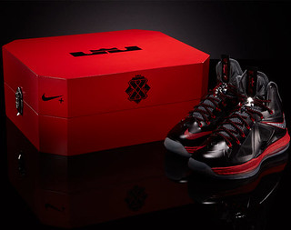 NIKE LEBRON X �PRESSURE� SPORT PACK SPECIAL PACKAGE