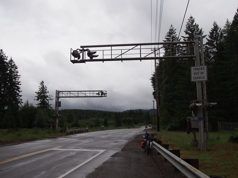Old Simpson Investment Company Railroad Crossing: Out of service