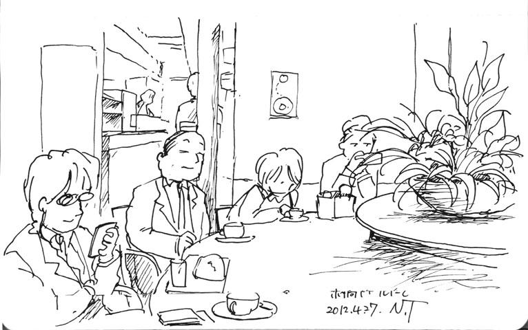 銀座・京橋のドトールにて at Doutor Coffee in Kyobashi, Ginza