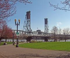 99. Hawthorne Bridge