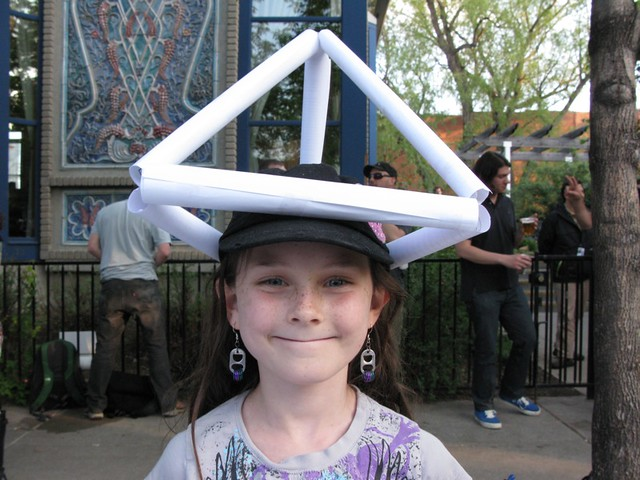 Elise the tetrahedron building whiz