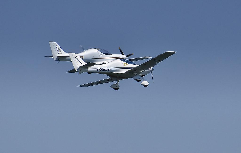 AeroNautic Show Surduc 2012 - Poze 7489941900_3971ec663c_b