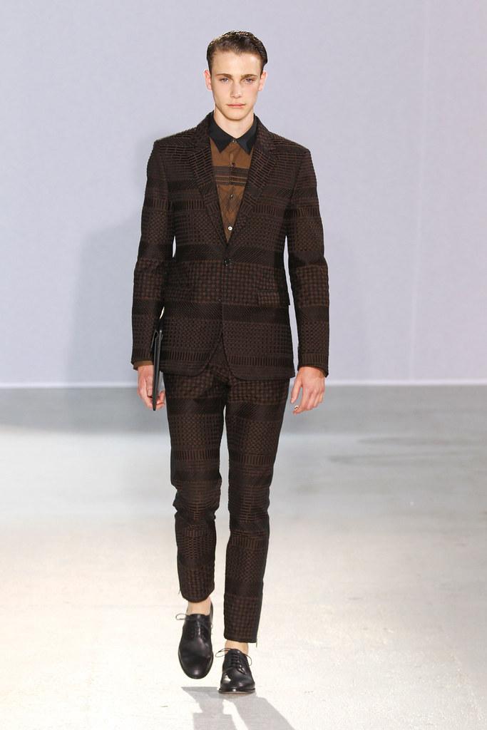 Nick Heymann3019_SS13 Paris Wooyoungmi(fashionising.com)