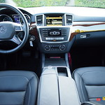 2012 Mercedes-Benz ML550 interior