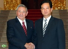 NguyenTanDung Photos posted a photo:	Prime Minister Nguyen Tan Dung has emphasised the need for enhanced cooperation in economics, trade and investment based on good terms of politics and diplomacy between Vietnam and Cuba .nguyentandung.info/prime-minister-nguyen-tan-dung-vietnam...