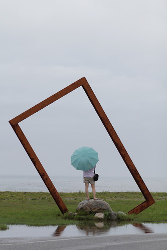 lady umbrella horizon landmark pacificocean frame taitung nationalgeographic