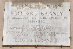 Photo of Édouard Branly white plaque