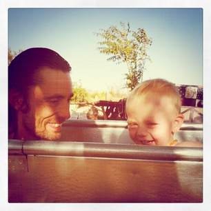 ollie and daddy in tank