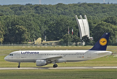 Lufthansa Airbus A320-211; D-AIQC@FRA;13.08.2012/674bx