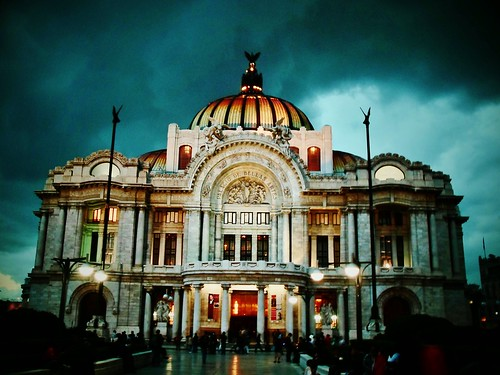 Palacio de Bellas Artes by Maya Dusty