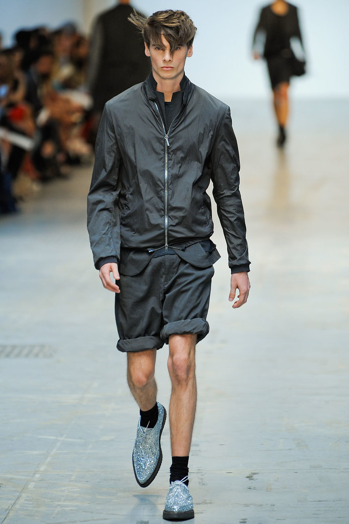 Angus Low3001_SS12 Milan Costume National Homme(VOGUE)