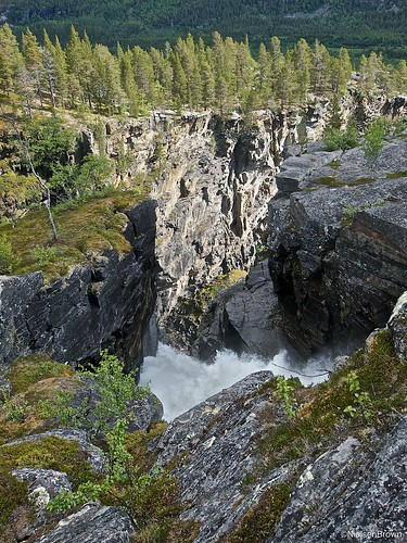 Saraelv falls