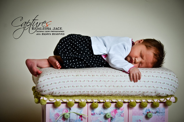 Newborn | Captures by Alisha