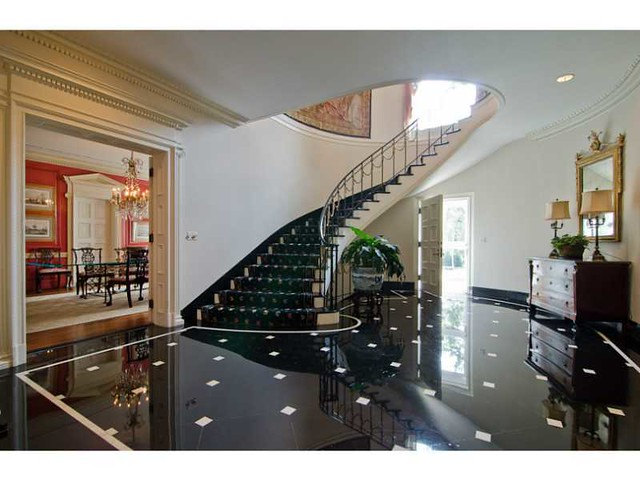 A Classic 1930s Atlanta Estate That Is On The Market Also Has Stair Positioned Over Door Although I Am Not Certain Whether It Front Or Back