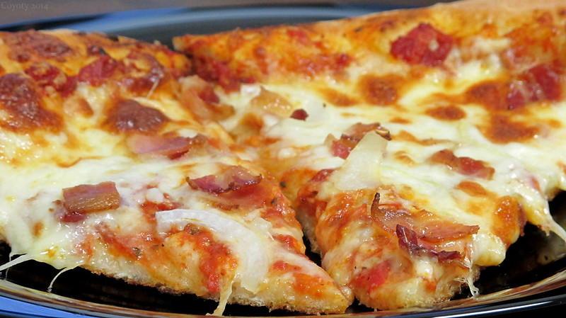 Bacon and onion pizza